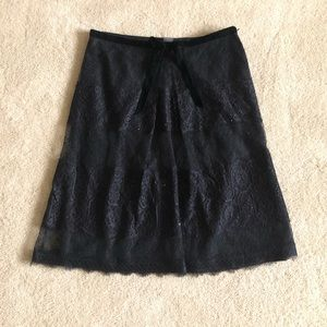 Ann Taylor Black Lace Knee Length Skirt  size 8